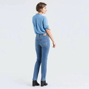 LEVI'S 314 Shaping Straight Light Blue Jeans 32